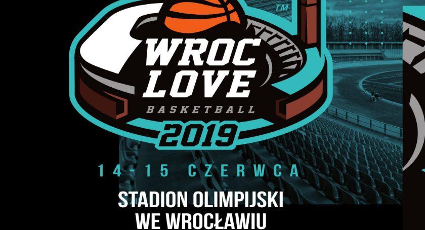 Koszykówka, Wielka koszykówka piątku Stadionie Olimpijskim Wrocławiu - zdjęcie, fotografia