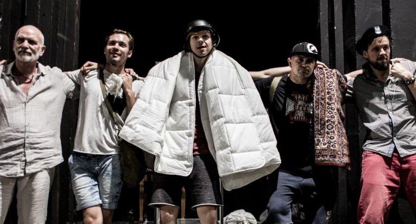 Teatr, Oświadczenie Teatru Polskiego publikacji Magdy Piekarskiej - zdjęcie, fotografia
