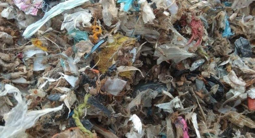 Interwencje, Zatrzymane ciężarówki nielegalnymi odpadami - zdjęcie, fotografia