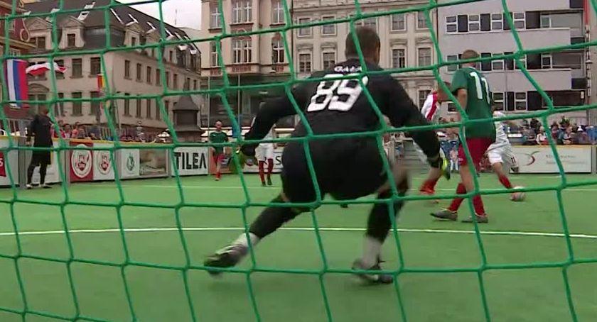 Miasto, Międzynarodowy turniej piłce nożnej ulicznej - zdjęcie, fotografia