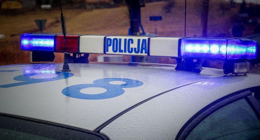 Kronika kryminalna, Policyjny pościg kierująca wpływem narkotyków uprawnień - zdjęcie, fotografia