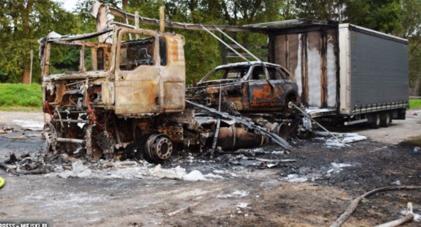 Pożary, Kamieńcu Ząbkowickim spłonął samochód ciężarowy osobowe - zdjęcie, fotografia