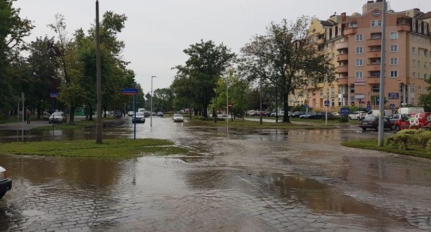 Interwencje, Awaria wodociągowa Wrocławiu - zdjęcie, fotografia