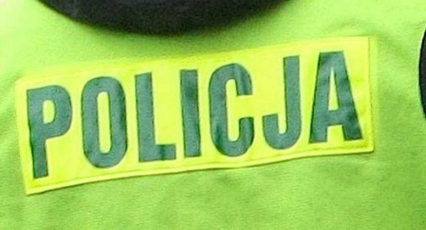 Kronika kryminalna, Pijany kierowca uderzył budynek - zdjęcie, fotografia