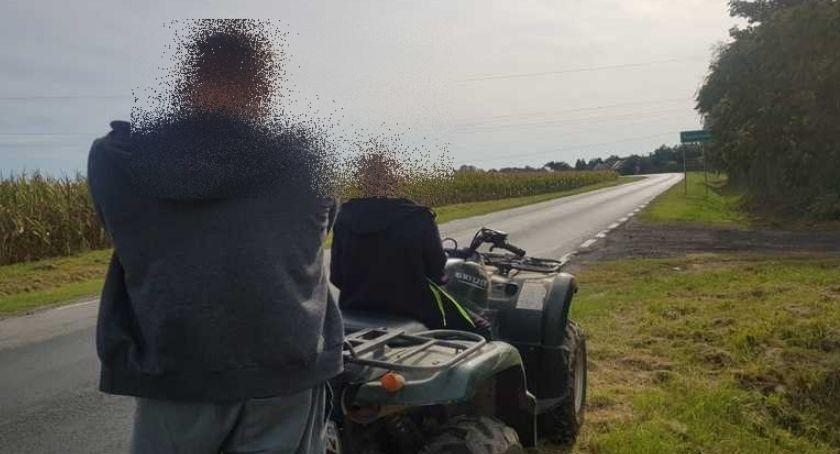 Interwencje, Nietrzeźwy mężczyzna wiózł swojego quadzie Został zatrzymany przez wrocławskich policjantów - zdjęcie, fotografia