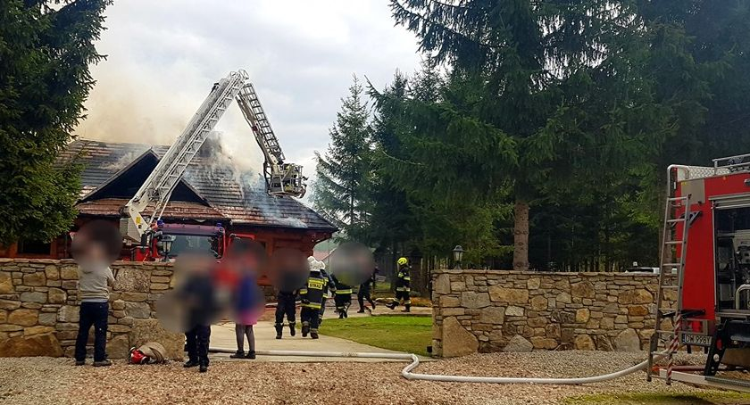 Pożary, Pożar jednorodzinnego Wrocławiem - zdjęcie, fotografia