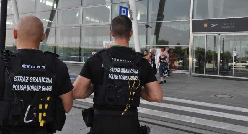 Interwencje, Żartował bombę bagażu - zdjęcie, fotografia