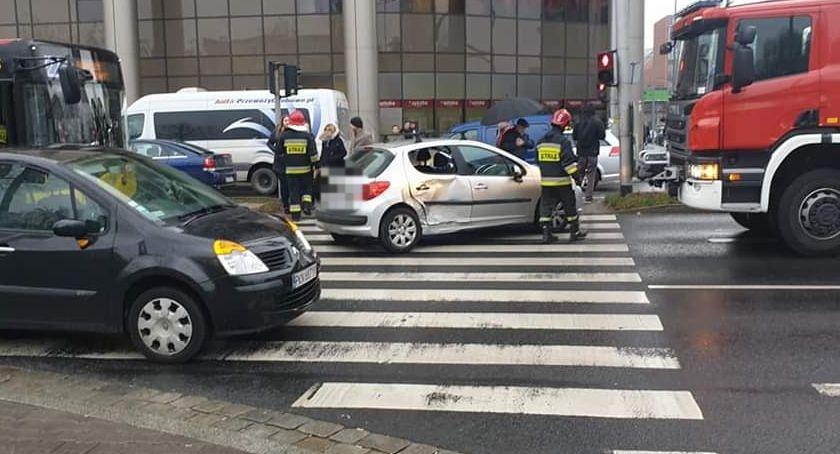 Wypadki drogowe, Dzień kolizji dolnośląskich drogach - zdjęcie, fotografia