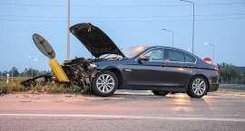 Jedna osoba ranna w wyniku wypadku na zjeździe z węzła drogowego S8 Oleśnica Zachód