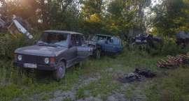 Zniszczyli 7 pojazdów, budynek gospodarczy i spalili skład opon – zatrzymali ich policjanci