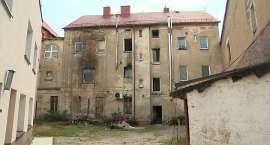 Pożar kamienicy na Dolnym Śląsku. Mieszkańców obudził płacz dziecka