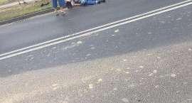 Wypadek na skrzyżowaniu Kosmonautów i Jeleniogórskiej. Motocyklista w ciężkim stanie