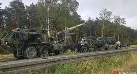 Kłopoty amerykańskiej kolumny wojskowej na autostradzie A4