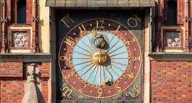 Jak ten czas szybko leci… o wrocławskich zegarach