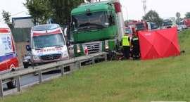Nie udało się uratować kierowcy ciężarówki