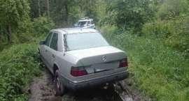 Policjanci zatrzymali złodziei samochodów