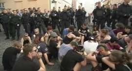 Neonaziści świętują urodziny A. Hitlera. Kontrowersyjny festiwal rockowy tuż przy granicy z Polską