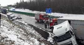 Zdjęcia z karambolu 9 aut na autostradzie A4