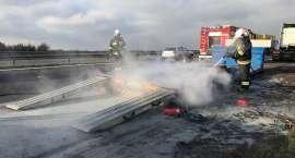 Pożar naczepy na autostradzie A4
