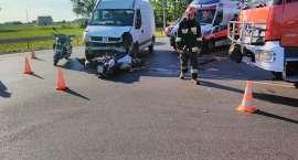Motocyklista zderzył się z busem