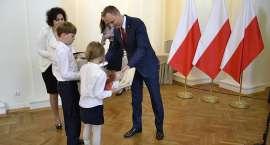 Uroczyste wręczenie aktów nadania obywatelstwa polskiego