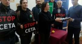 Akcja Demokracja protestuje przeciw umowie CETA