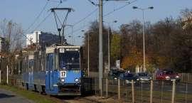 Dwa tramwaje na jednym torze