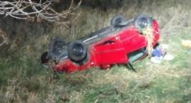 Auto dachowało. Kierująca w szpitalu.