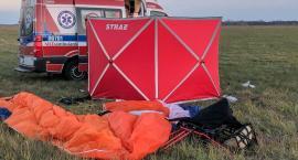 Paralotniarz spadł na ziemię. Zginął na miejscu.