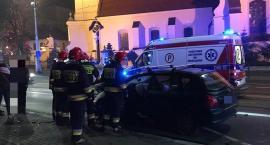 Czołowe zderzenie na Traugutta. Jeden z kierowców w stanie krytycznym.