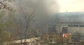 Pożar magazynu we Wrocławiu. Nikt nie ucierpiał