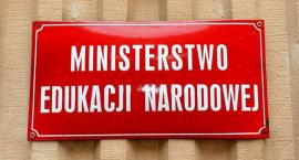Propozycja rządu nie powstrzymała strajku nauczycieli - nie chcą kompromisu?