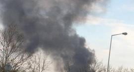 Kłęby dymu nad miastem - Pożar na Starachowickiej