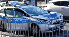 Rozbity radiowóz na ulicy Jedności
