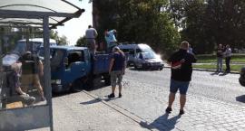 Na Wiśniowej samochód z węglem zderzył sie z innym pojazdem