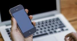 Jedno zdjęcie może wyrządzić wiele krzywdy. Czym jest sexting?