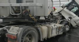 Ciężarówka zablokowała AOW. Potężne korki.