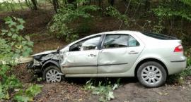 Samochód dachował. Młoda kierująca  szpitalu