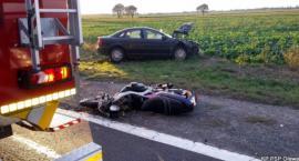 Motocyklista zginął, pasażerka walczy o życie