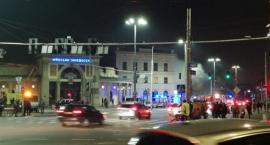 Pożar na Świebodzkim. Doszło do wybuchu. (video)