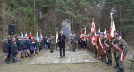 Patriotycznie w Lasowcach