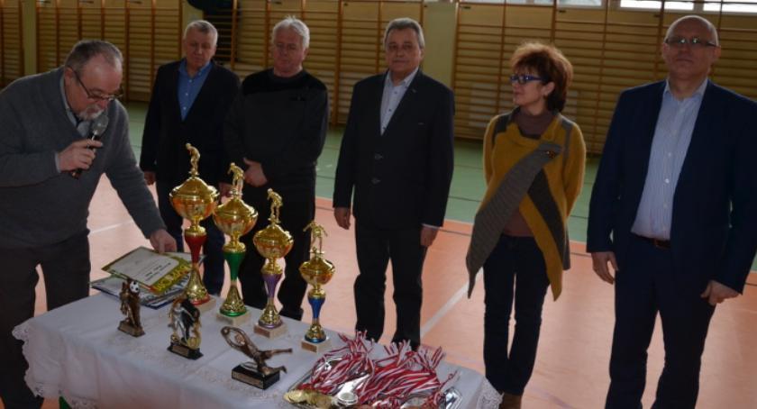 Sport, Halowy Turniej Piłki Nożnej Dzieci Młodzieży KOWALA [FOTO] - zdjęcie, fotografia