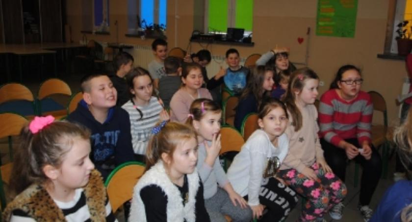 """Edukacja, Ciekawe ferie zimowe świetlicy środowiskowej """"Szansa"""" [FOTO] - zdjęcie, fotografia"""