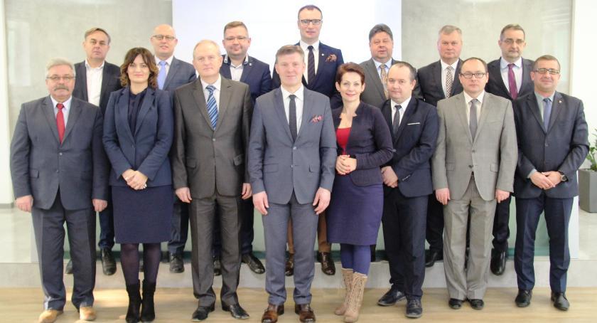 Aktualności, Spotkanie wójtów burmistrzów starostą radomskim - zdjęcie, fotografia