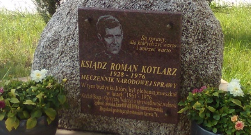Aktualności, Kowala upamiętni rocznicę śmierci księdza Romana Kotlarza - zdjęcie, fotografia