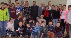 Uczniowie z Młodocina Mniejszego z wizytą w Starostwie Powiatowym w Radomiu