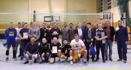 Międzygminny Turniej Piłki Siatkowej Mężczyzn o Puchar Prezesa UKS w Parznicach [FOTO]