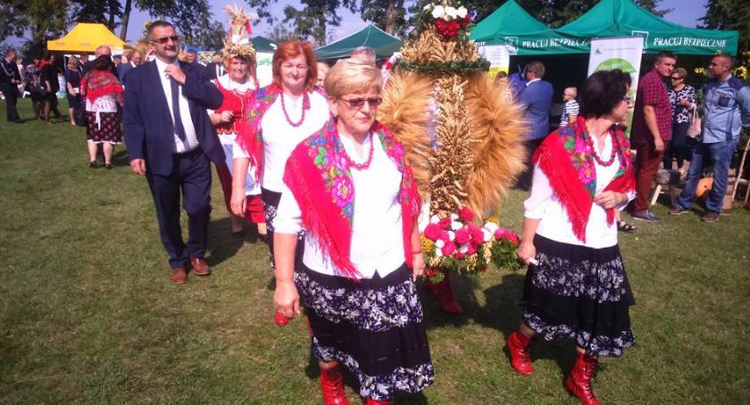 Kultura, Sukces dożynkowego wieńca reprezentującego Gminę Wierzbica! [FOTO] - zdjęcie, fotografia
