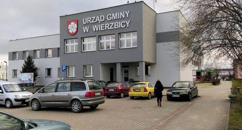 Inwestycje, Remont budynku Urzędu Gminy Wierzbicy dobiegł końca [FOTO] - zdjęcie, fotografia