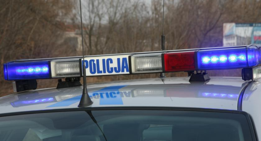 Kronika kryminalna, Poszukiwani świadkowie wypadku - zdjęcie, fotografia
